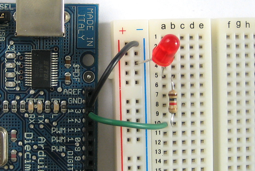 Arduino tutorial lesson breadboards and leds